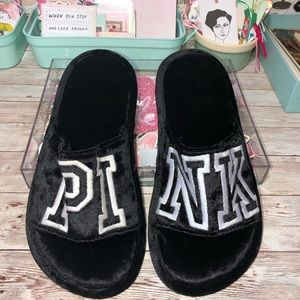 PINK Victoria's Secret Sz.7-8 Black Velvet Slipper